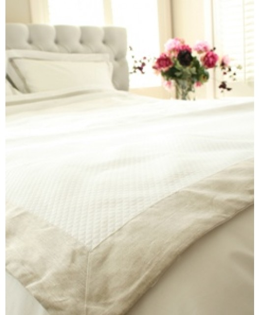 Bedspread, Egyptian cotton, white and taupe, Florida